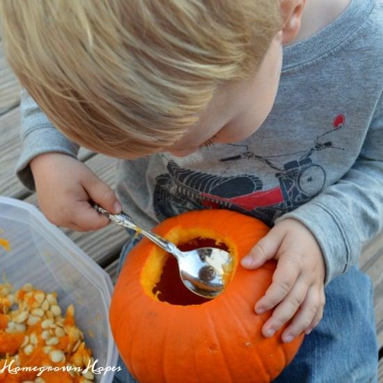pumpkin-carving-scraping